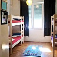 bed-in-6-crazy-house-hostel-4