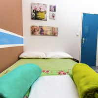 double-bed-2-Crazy-house-hostel-pula-2