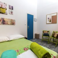 double-bed-2-Crazy-house-hostel-pula-3
