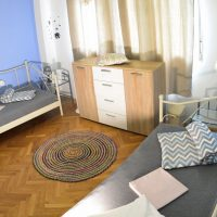 twin-room-crazy-house-hostel-pula-6